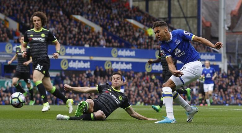 Britain Football Soccer - Everton v Chelsea - Premier League - Goodison Park - 30/4/17 Everton's Dominic Calvert-Lewin shoots at goal  Reuters / Phil Noble Livepic