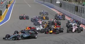 Le groupe de télévision payante Canal+, actuel diffuseur de la Formule 1 en France, va conserver les droits de retransmission de la compétition à partir de 2018. /Photo prise le 30 avril 2017/REUTERS/Maxim Shemetov