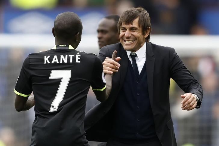 Britain Football Soccer - Everton v Chelsea - Premier League - Goodison Park - 30/4/17 Chelsea manager Antonio Conte celebrates after the match with N'Golo Kante Action Images via Reuters / Carl Recine/ Livepic/ Files