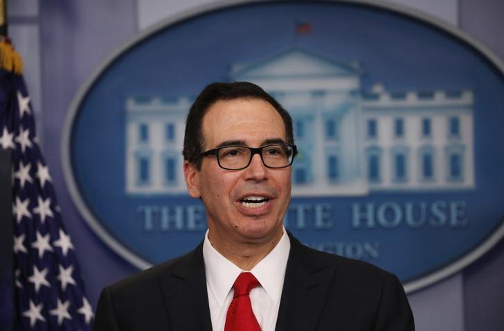 U.S. Secretary of the Treasury Steven Mnuchin discusses the Trump administration's tax reform proposal in the White House briefing room in Washington, U.S, April 26, 2017. REUTERS/Carlos Barria