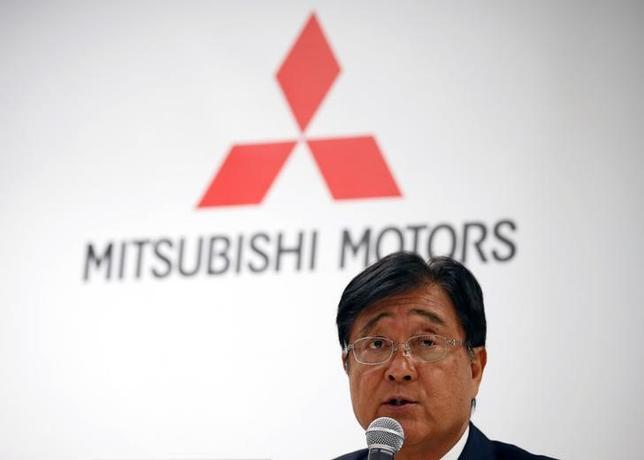 5月9日、三菱自動車の益子修社長は決算会見で、自身の進退について「しかるべき時期に自分で判断する。今はともかく2017年度をいかに乗り切っていくかということに全力投球していく」と述べた。都内で撮影(2017年 ロイター/Toru Hanai)
