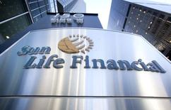 The logo of Sun Life Financial is seen in Toronto May 6, 2015. REUTERS/Fred Thornhill
