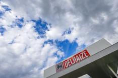 Ahold Delhaize a publié mercredi un bénéfice d'exploitation supérieur aux attentes au premier trimestre, les économies de coûts ayant compensé la faiblesse des ventes du distributeur aux Etats-Unis. /Photo d'archives/REUTERS/Yves Herman