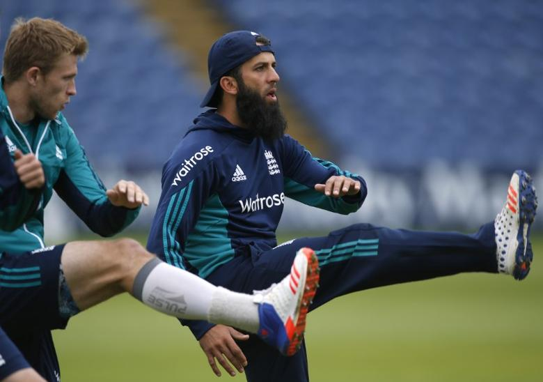 Britain Cricket - England Nets - SSE SWALEC, Cardiff, Wales - 3/9/16England's David Willey and Moeen Ali during netsAction Images via Reuters / Paul ChildsLivepic