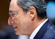Es demasiado pronto para que el Banco Central Europeo declare la victoria en su intento por impulsar la inflación de la zona euro a pesar de los indicios de que la recuperación económica del bloque se está fortaleciendo, dijo el miércoles el presidente del BCE, Mario Draghi. En la imagen, Draghi en Lausana el 4 de mayo de 2017.  REUTERS/Denis Balibouse