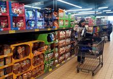A lady shops at Aldi, a retail grocery store chain in Wheaton, Illinois, U.S., April 13, 2017. REUTERS/Nandita Bose