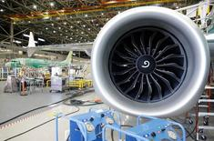 Les problèmes du moteur LEAP du nouveau 737 Max de Boeing ne sont pas liés à sa conception, a déclaré jeudi le responsable moteurs de Safran, qui les fabrique avec General Electric au sein de leur coentreprise CFM. /Photo prise le 13 février 2017/REUTERS/Jason Redmond