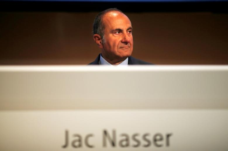 FILE PHOTO: BHP Chairman Jac Nasser sits before the company's Australian annual general meeting in Sydney, Australia November 29, 2012.   REUTERS/Tim Wimborne/File Photo