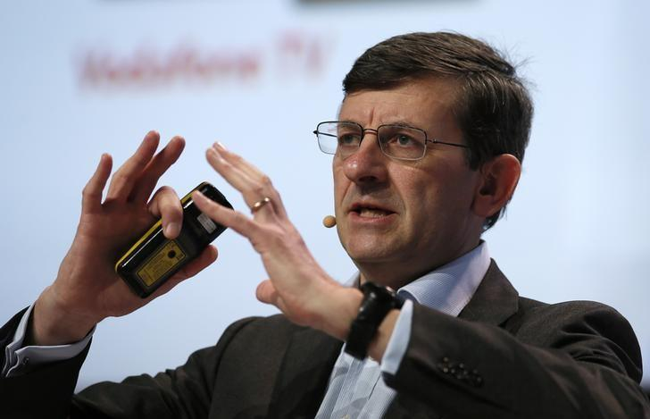 Vodafone's Chief Executive Vittorio Colao delivers a keynote speech during the Mobile World Congress in Barcelona, Spain February 22, 2016. REUTERS/Albert Gea