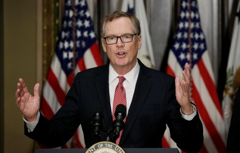 FILE PHOTO: Robert Lighthizer speaks after he was sworn as U.S. Trade Representative during a ceremony at the White House in Washington, U.S. on May 15, 2017. REUTERS/Kevin Lamarque/File Photo