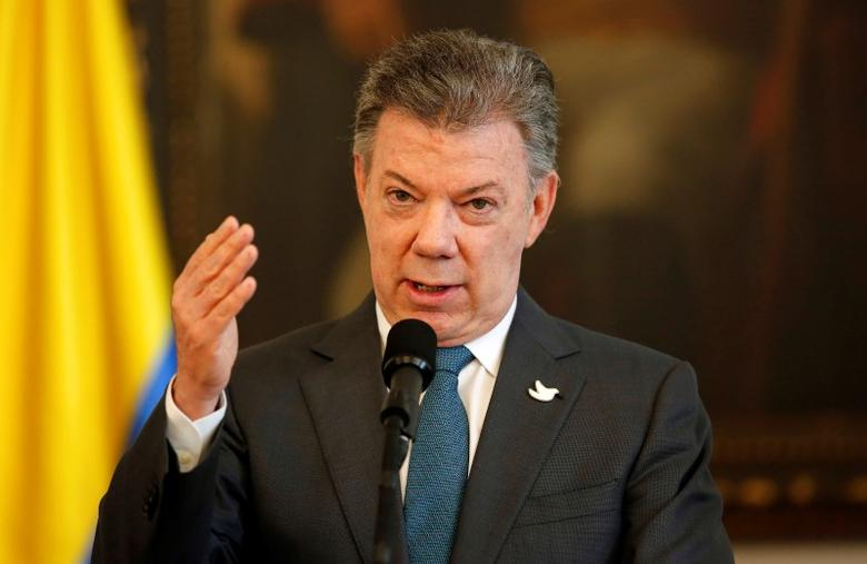 Colombia's President Juan Manuel Santos  speaks during U.N. high level delegation visits Colombia to verify the disarmament process in Bogota, Colombia, May 4, 2017. REUTERS/Jaime Saldarriaga