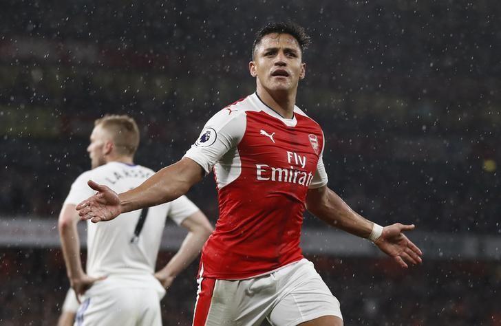 Britain Football Soccer - Arsenal v Sunderland - Premier League - Emirates Stadium - 16/5/17 Arsenal's Alexis Sanchez celebrates scoring their second goal Reuters / Stefan Wermuth Livepic/Files