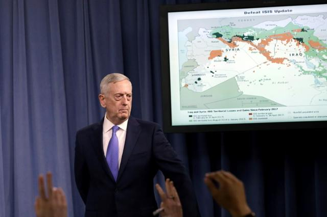 U.S. Defense Secretary James Mattis holds a press briefing on the campaign to defeat ISIS at the Pentagon in Washington, U.S., May 19, 2017. REUTERS/Yuri Gripas