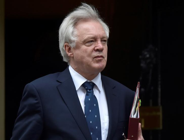 Britain's Secretary of State for Exiting the European Union David Davis arrives in Downing Street, London March 29, 2017. REUTERS/Hannah McKay/File photo