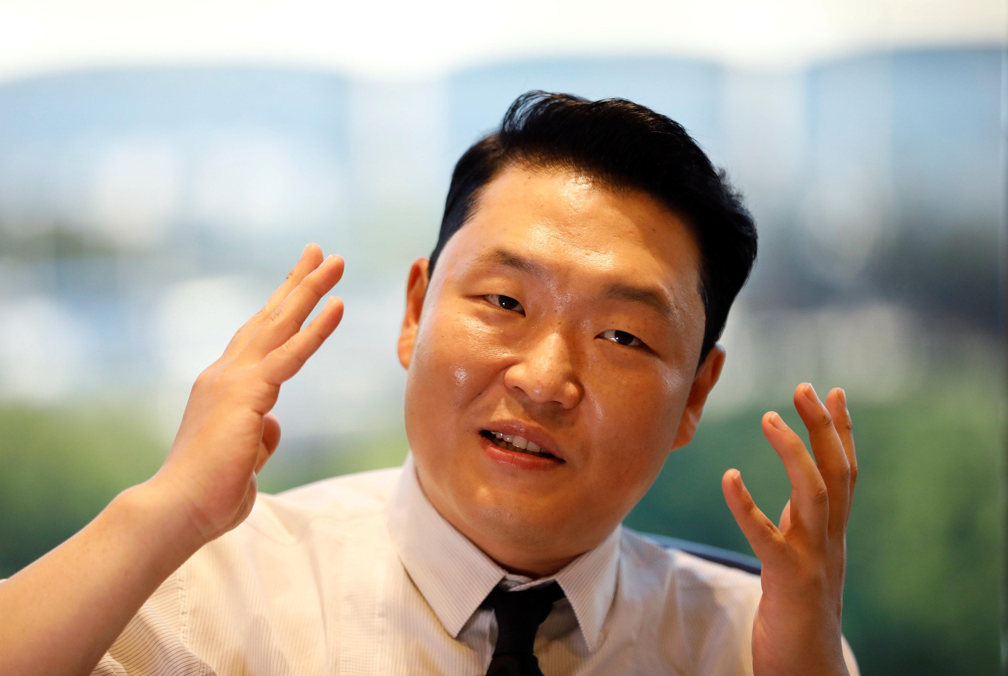 Partys Over As Korean Rapper Psy Shelves Gangnam Style And