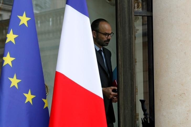 French Prime Minister Edouard Philippe leaves the Elysee Palace in Paris, France, after a defence meeting, May 18, 2017. REUTERS/Philippe Wojazer