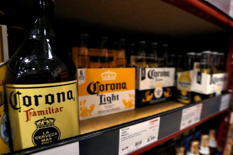 Corona beers are pictured at a BevMo! store ahead of Constellation Brands Inc company results in Pasadena, California U.S., October 4, 2016.  REUTERS/Mario Anzuoni