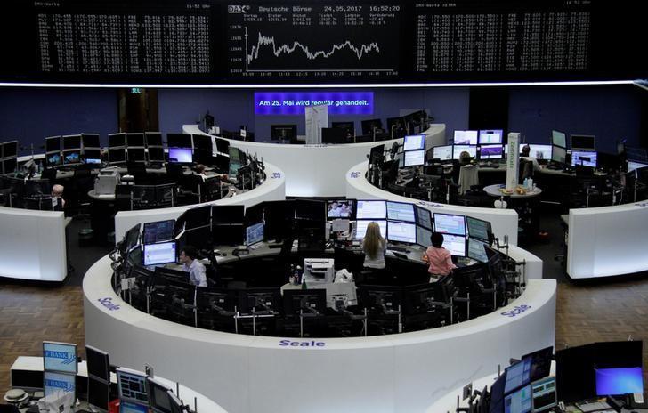 2017年5月24日,德国法兰克福,法兰克福证交所内工作场景。REUTERS/Staff/Remote