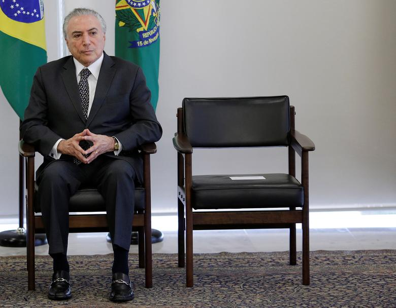 Brazil's President Michel Temer attends a meeting with representatives of the Brazilian Chamber of Construction Industry and businessmen, at the Planalto Palace in Brasilia, Brazil, May 25, 2017. REUTERS/Ueslei Marcelino