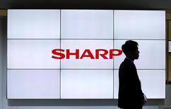 Logo da Sharp em exposição de tecnologia no Japão 03/10/2016 REUTERS/Toru Hanai