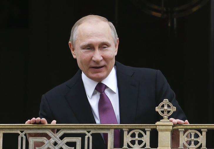 Russian President Vladimir Putin visits the Sretensky Monastery to take part in a ceremony consecrating a new temple in Moscow, Russia, May 25, 2017. REUTERS/Sergei Karpukhin