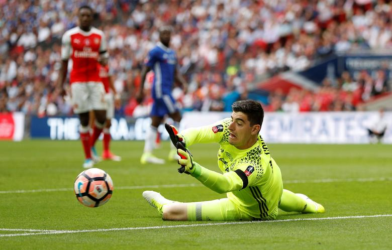 Arsenal v Chelsea - FA Cup Final - Wembley Stadium - 27/5/17 Chelsea's Thibaut Courtois makes a save Action Images via Reuters / John Sibley