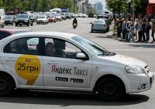 A Yandex taxi is seen in central Kiev, Ukraine, May 16, 2017.  REUTERS/Gleb Garanich