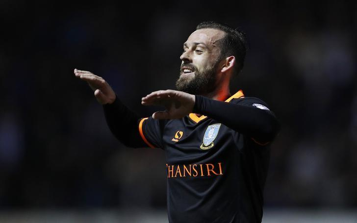 Britain Football Soccer - Rotherham United v Sheffield Wednesday - Sky Bet Championship - AESSEAL New York Stadium - 4/4/17 Sheffield Wednesday's Steven Fletcher celebrates scoring their second goal  Mandatory Credit: Action Images / Lee Smith Livepic/Files