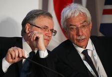 Il governatore di Bankitalia Ignazio Visco e il suo vice Salvatore Rossi al G7 di Bari, il 13 maggio scorso. REUTERS/Alessandro Bianchi