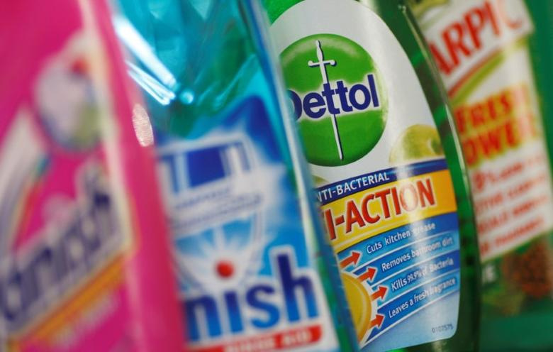 Products produced by Reckitt Benckiser; Vanish, Finish, Dettol and Harpic, are seen in London, Britain February 12, 2008.   REUTERS/Stephen Hird/File Photo
