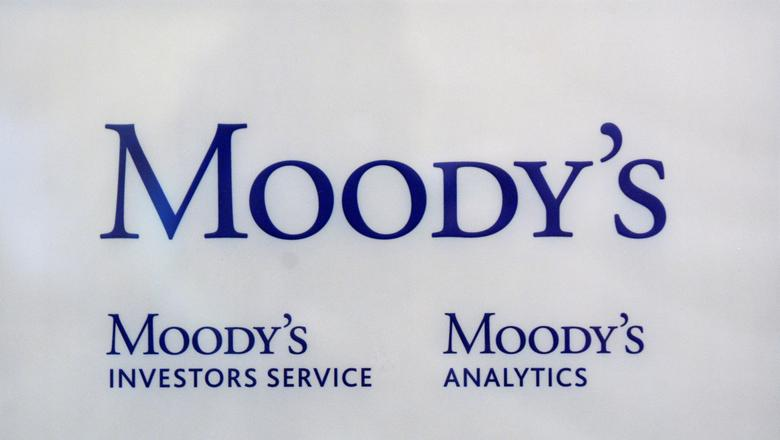 FILE PHOTO: The logo of credit rating agency Moody's Investor Services is seen outside the office in Paris October 24, 2011. REUTERS/Philippe Wojazer/File Photo