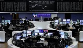 À Paris, l'indice CAC 40 a gagné 35,04 points (0,66%). À Francfort, le Dax a avancé de 0,4% et à Londres, le FTSE a pris 0,32%. /Photo prise le 1er juin 2017/REUTERS/Staff/Remote