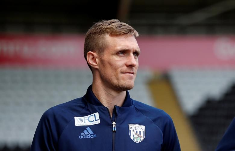 Britain Football Soccer - Swansea City v West Bromwich Albion - Premier League - Liberty Stadium - 21/5/17West Bromwich Albion's Darren Fletcher arrives at the stadium before the match Action Images via Reuters / Peter CziborraEDITORIAL USE ONLY. No use with unauthorized audio, video, data, fixture lists, club/league logos or ''live'' services. Online in-match use limited to 45 images, no video emulation. No use in betting, games or single club/league/player publications.  Please contact your account representative for further details.