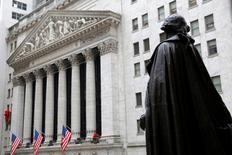 Les résultats des tests de résistance auxquels sont soumis les grandes banques américaines seront publiés le 28 juin à 20h30 GMT, a annoncé jeudi la Réserve fédérale. /Photo d'archives/REUTERS/Andrew Kelly