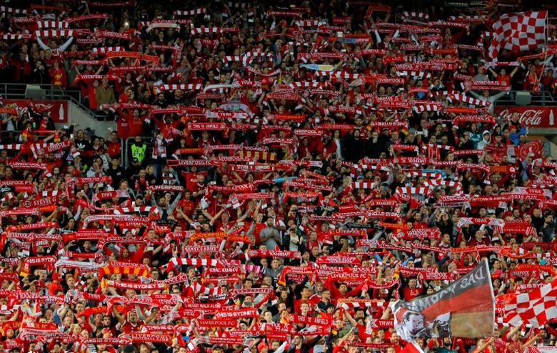 Soccer Football - Liverpool Tour - Sydney FC vs Liverpool - Sydney, Australia - 24/5/17 - Liverpool fans show their support. REUTERS/Jason Reed