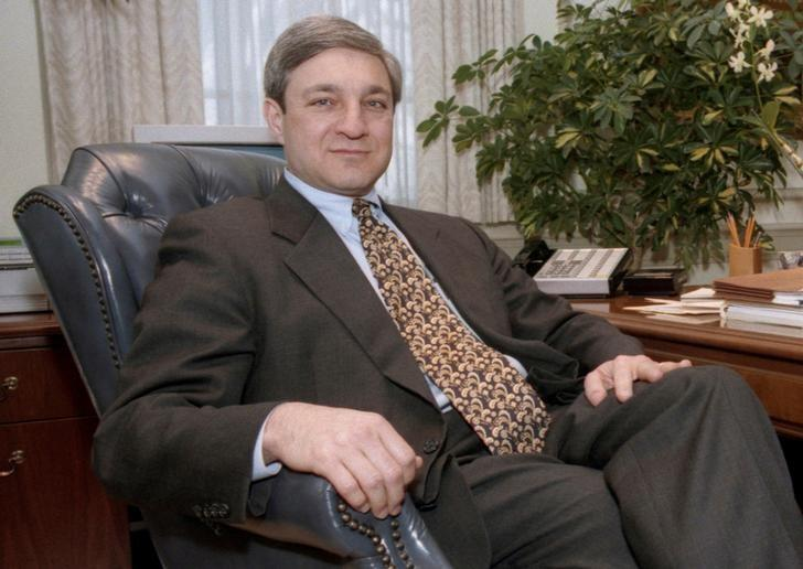 FILE PHOTO: Penn State University President Graham Spanier poses in his office in the Old Main building in State College, Pennsylvania, in this February 26, 1997 file photo.  REUTERS/Craig Houtz/File Photo