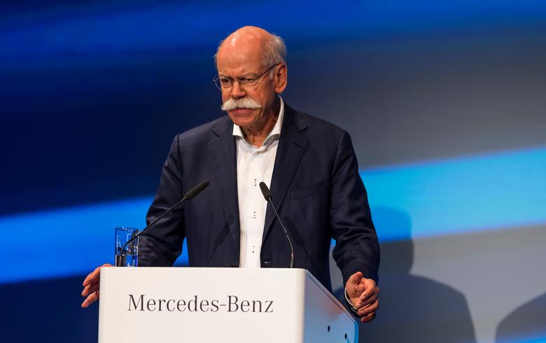 Dieter Zetsche, Chairman of the Board of Management of Daimler AG and Head of Mercedes-Benz Cars, takes part in the ground breaking ceremony for the second battery factory at Daimler subsidiary ACCUMOTIVE in Kamenz, Germany May 22, 2017. REUTERS/ Matthias Rietschel