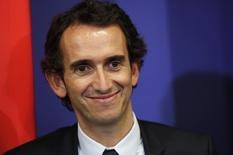 La nomination d'Alexandre Bompard (photo), l'actuel PDG de Fnac Darty, à la tête de Carrefour devrait se décider dans le courant de la semaine prochaine. /Photo d'archives/REUTERS/Philippe Wojazer