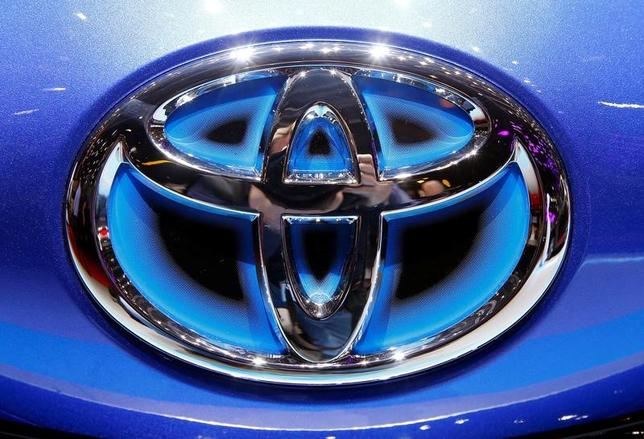 The logo of Toyota is seen during the 87th International Motor Show at Palexpo in Geneva, Switzerland March 6, 2017. REUTERS/Arnd Wiegmann - RTX3161C