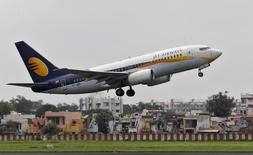 Jet Airways discute de l'achat de 75 monocouloirs, avec une option sur 75 autres, ont déclaré lundi deux sources proches du dossier. /Photo d'archives/REUTERS/Amit Dave