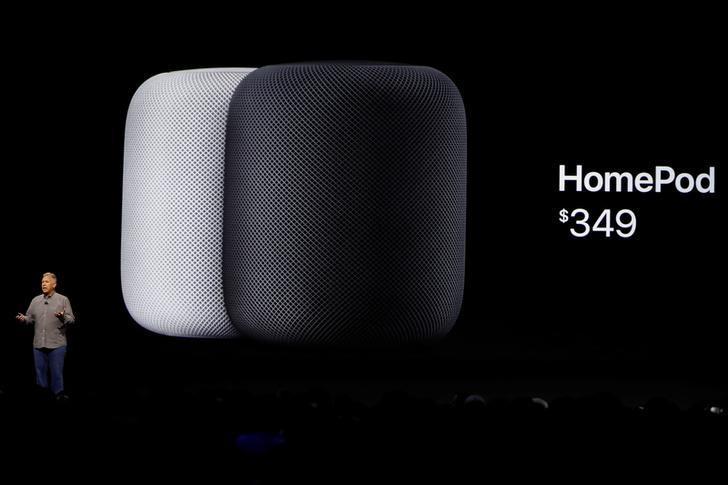 2017年6月5日,美国加州圣何塞,苹果在年度全球开发者大会发布HomePod。REUTERS/Stephen Lam
