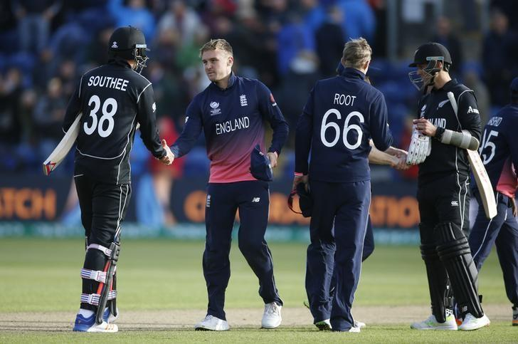Britain Cricket - England v New Zealand - 2017 ICC Champions Trophy Group A - Sophia Gardens - June 6, 2017 England's Jason Roy shakes hands with New Zealand's Tim Southee at the end of the match Action Images via Reuters / Paul Childs