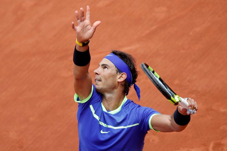 Tennis - French Open - Roland Garros, Paris, France - June 4, 2017 Spain's Rafael Nadal in action during his fourth round match against Spain's Roberto Bautista Agut Reuters / Christian Hartmann