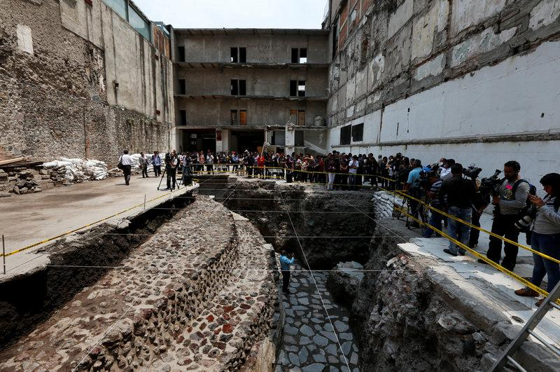 Archaeologists discover Aztec ball court in heart of Mexico