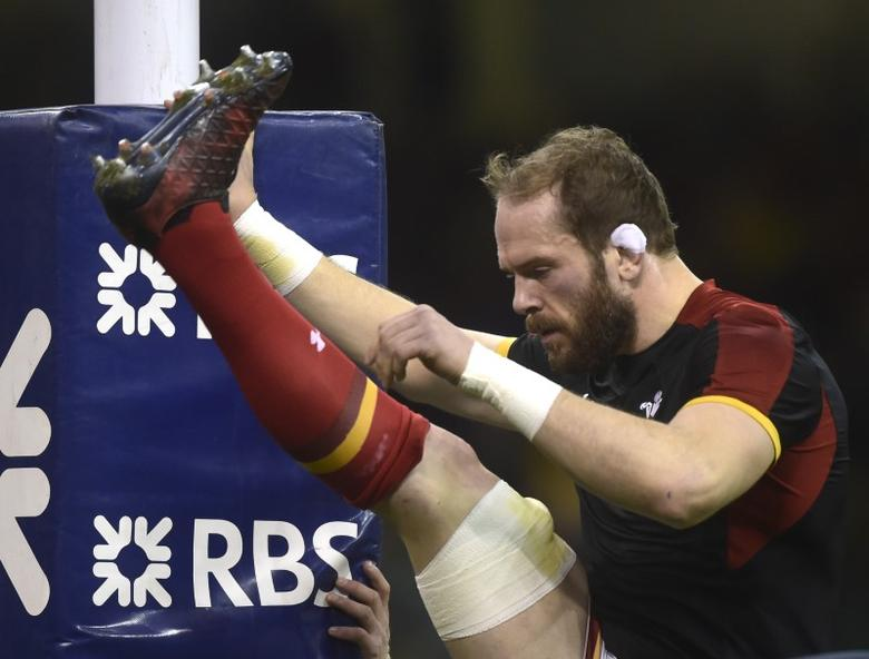 FILE PHOTO: Britain Rugby Union - Wales v Ireland - Six Nations Championship - Principality Stadium, Cardiff - 10/3/17 Wales' Alun Wyn Jones warms up before the match  Reuters / Rebecca Naden Livepic