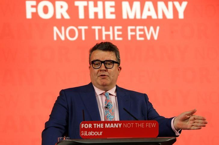 Tom Watson, deputy leader of Britain's opposition Labour Party, speaks at a campaign event in Hull, May 22, 2017. REUTERS/Darren Staples