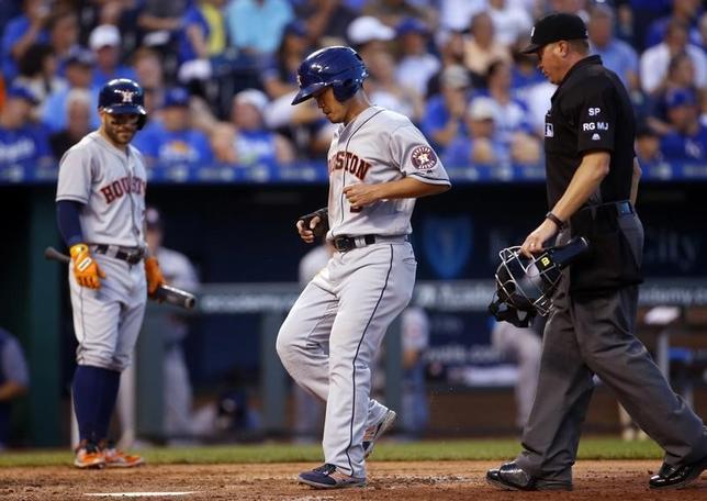 6月8日、MLBアストロズの青木宣親外野手は、敵地でのロイヤルズ戦に9番・左翼で先発出場し、3打数1安打を記録した(2017年ロイター/JayBiggerstaff-USA TODAY Sports)