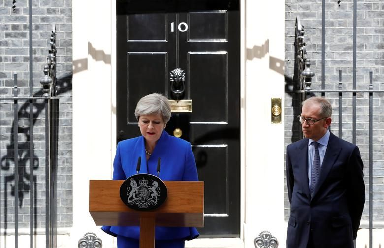 Britain's Primer Minister Theresa May addresses the country after Britain's election at Downing Street in London, Britain June 9, 2017. REUTERS/Stefan Wermuth