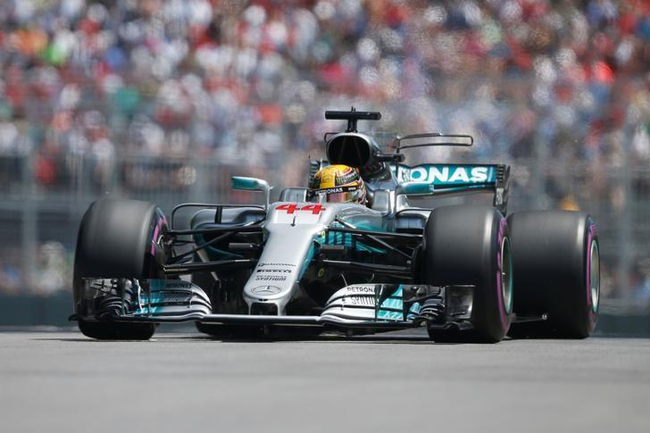 Formula One - F1 - Canadian Grand Prix - Montreal, Quebec, Canada - 10/06/2017 - Mercedes' Lewis Hamilton in action during the qualifying session. REUTERS/Chris Wattie