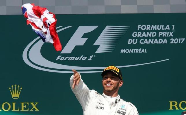 6月11日、自動車レースF1の今季第7戦、カナダ・グランプリ(GP)はモントリオールで決勝レースを行い、ルイス・ハミルトン(英国、メルセデス)が同GP6度目の優勝を果たした(2017年ロイター/Chris Wattie)